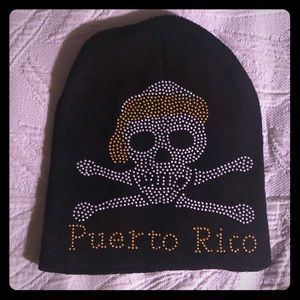Accessories - NWOT PUERTO RICO SKULL AND CROSSBONES BEANIE